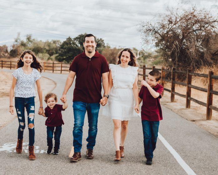 iron horse trailhead family photos